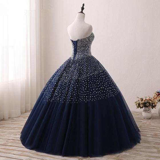 vestido de xv quinceañera con lentejuelas y pedrería azul