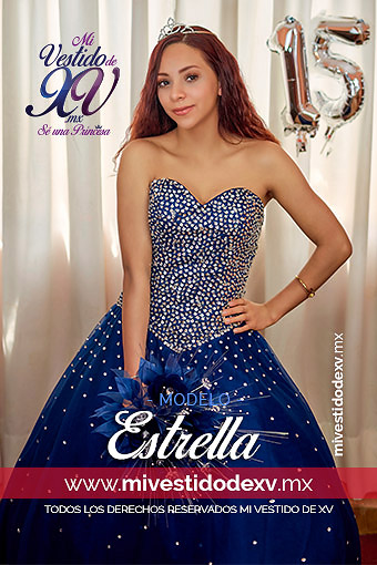 Joven modelando vestido de 15 años color azul rey de una pieza con pedrería
