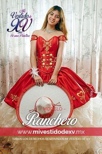 Linda mujer posando vestido de XV años color rojo con olanes típico mexicano