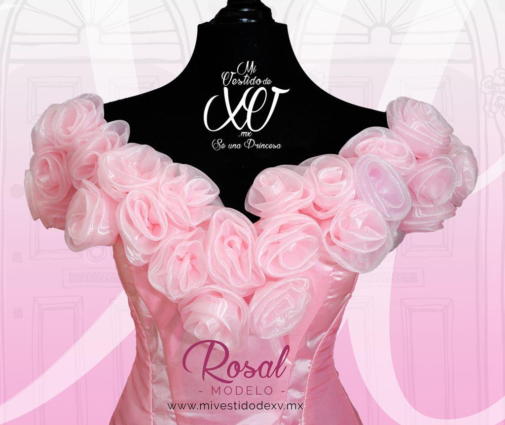 vestido de quinceañera con rosas