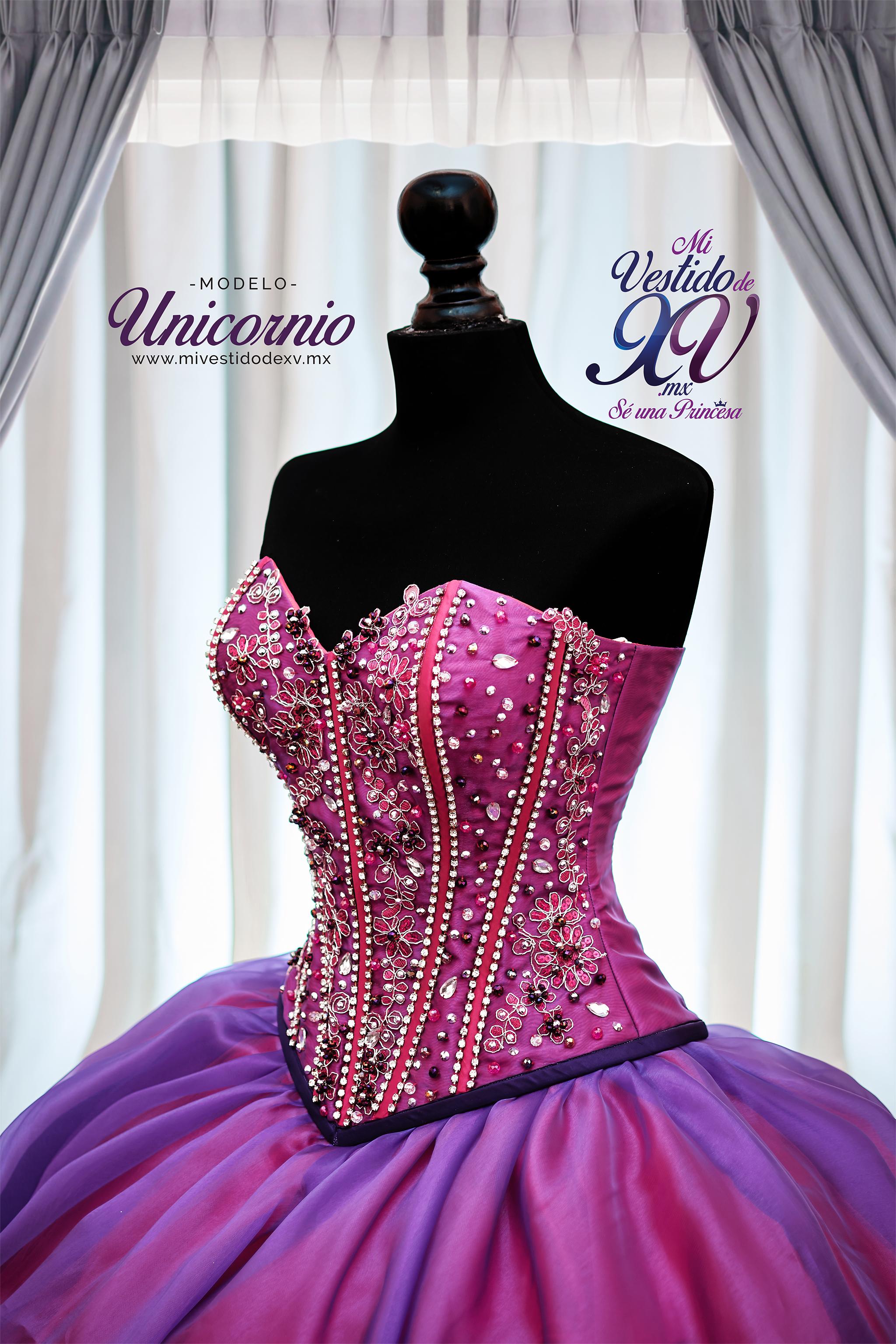 Vestido de XV años Unicornio