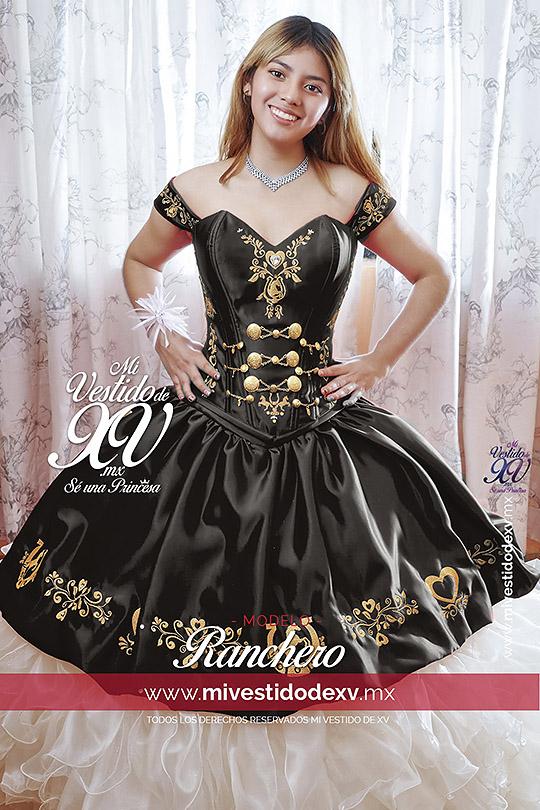 Vestidos de XV mexicanos modelo con vestido mexicano en color negro